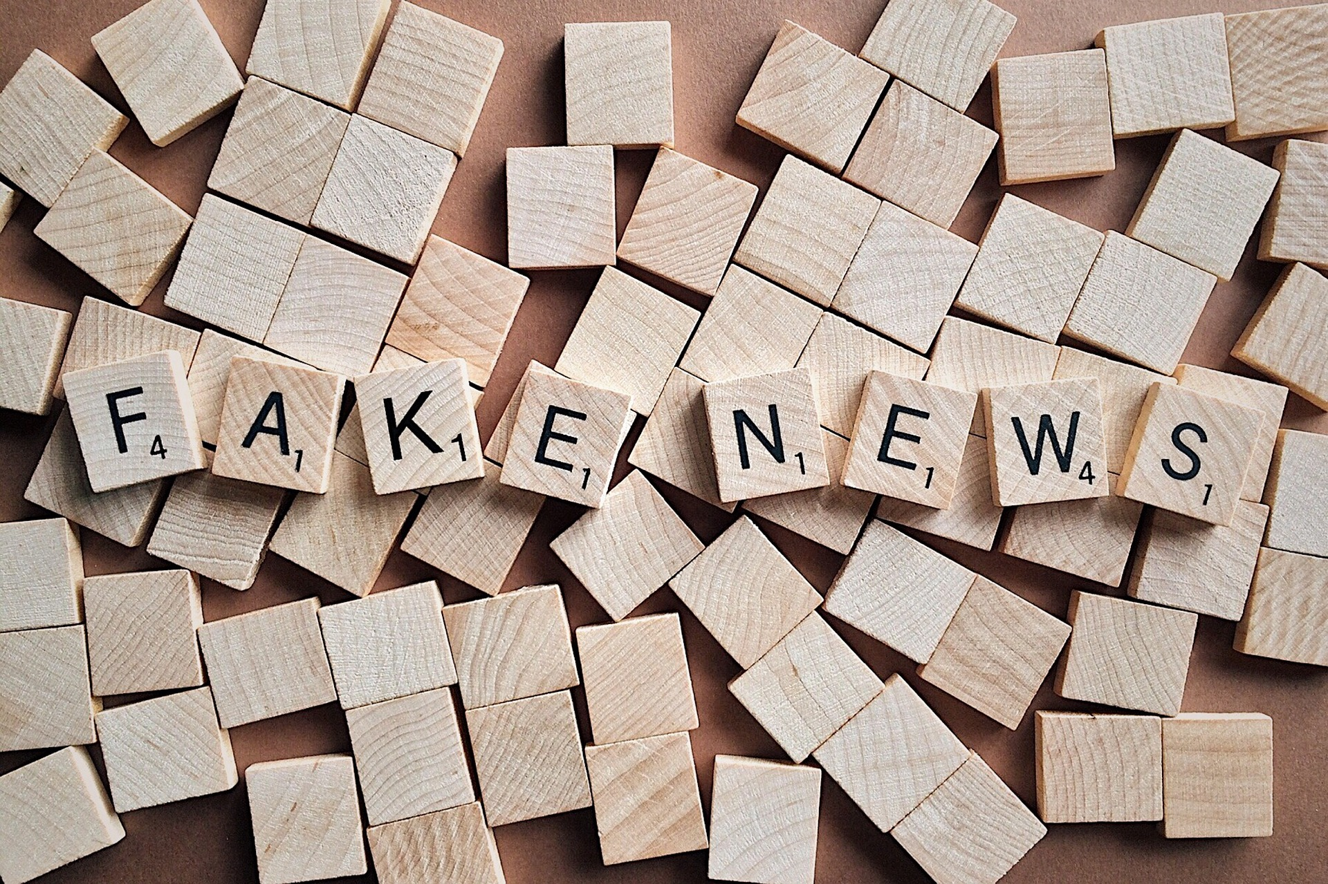 BUFALE E FAKE NEWS: COME DIFENDERSI...